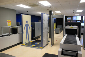 d1235rsc - Kerry Airport installs R&S QPS security scanners.sml